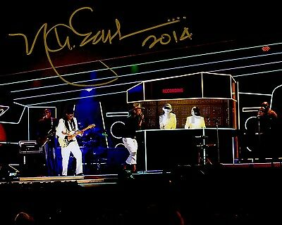 Daft Punk - Nathan East - Authentic Autographed 8x10 Photograph