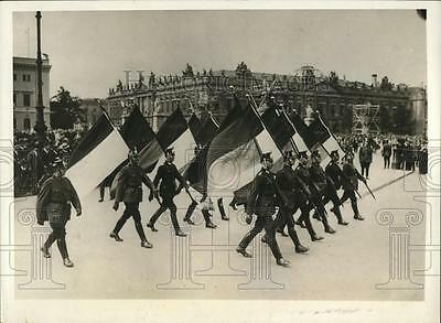 1930 Press Photo German police celebrate Constitution Day