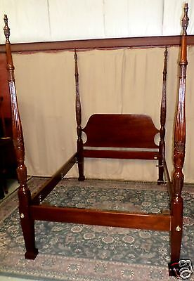 VINTAGE Councill Mahogany Rice Wheat Carved Full Double Sized Poster Bed