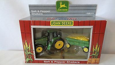 John Deere 1998 Tractor and Hay Wagon Salt and Pepper Shakers MIB #G837