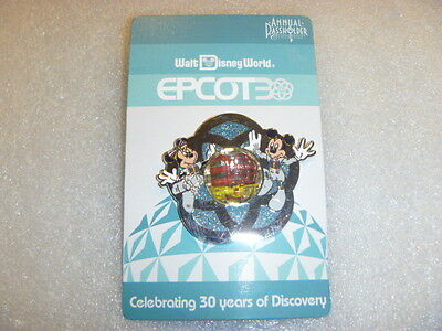 Epcot 30th Anniversary – Annual Passholder 1982 Mickey and Minnie
