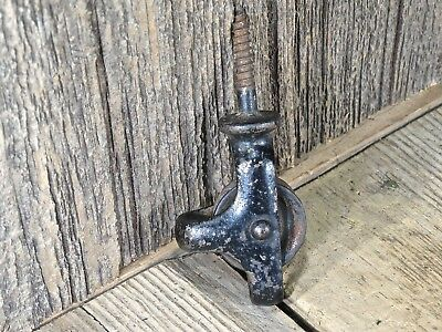 "small screw Pulley 1 1/8"" old rusty vintage rustic paint solid wheel cast iron"