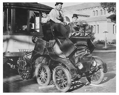 1924 Ford Model T Laurel & Hardy Automobile Photo Poster zch6735