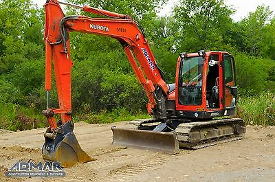 2011 KUBOTA KX080, with Cab, A/C, Steel Tracks with Rubber Pads, & Blade.