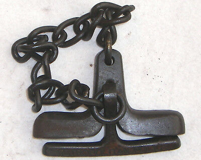 CAST IRON COME ALONG WRIST HANDCUFF