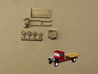 P&D Marsh N Gauge n Scale E31 Bedford flatbed lorry kit requires painting