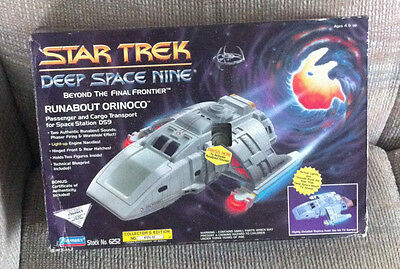 Vintage Star Trek Deep Space Nine Ds9 Runabout Shuttle Orinco With Box Playmates