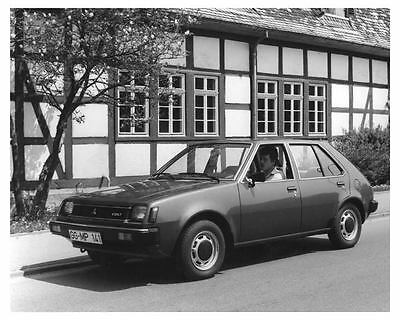 1980 Mitsubishi Colt Automobile Photo Poster zch6831