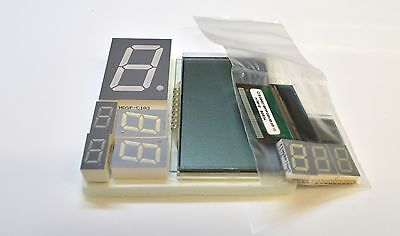 ELECTRONIC COMPONENTS ASSORTMENT -  LCD DISPLAYS, LED DISPLAYS -10pk