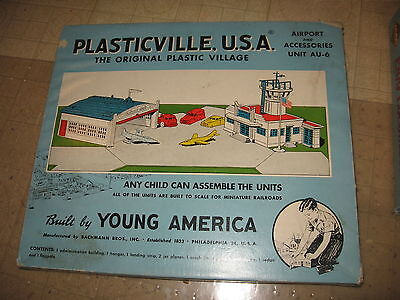 Plasticville U.s.a Au-6 Airport And Accessories Master Set