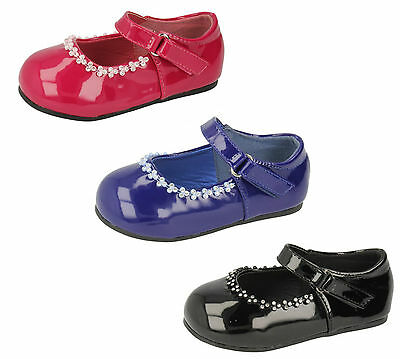 Wholesale Girls Shoes 16 Pairs Sizes 4-10  H2301