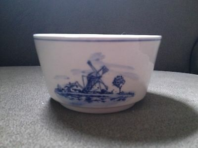 Handpainted in Delfts Blue Color Bowl Windmill/Boat