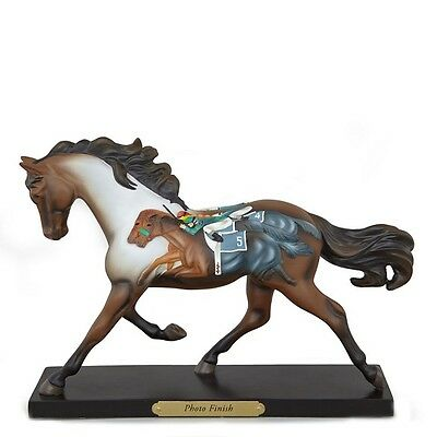 The Trail of Painted Ponies Photo Finish Horse Race Scene Figurine 4043944 Pony