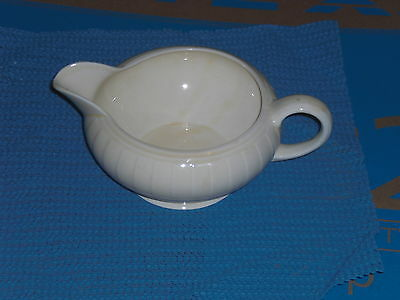 GRINDLEY PALE YELLOW GRAVY SAUCE BOAT VINTAGE