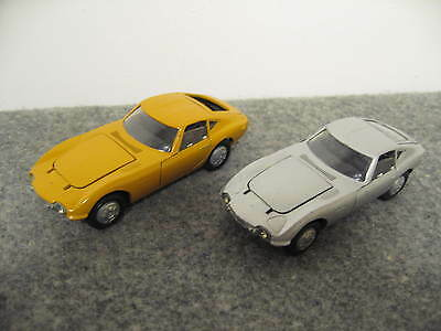 TEKNO: KIRK  Toyota 2000 GT   2 cars - yellow and silver