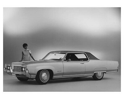 1969 Oldsmobile 98 Holiday Coupe Automobile Factory Photo ch7095
