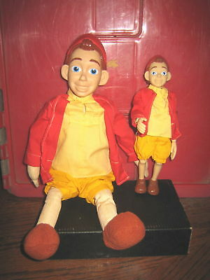 """2 RARE HTF DISNEY'S PINOCHIO COLLECTABLE DOLLS LOT , """" SOLD AS IS """""""