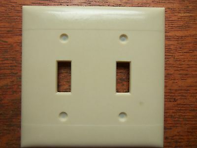 Vintage Bakelite Double Toggle Switch Cover Plate  - Unused c1940