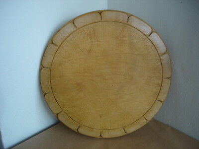 LARGE DECORATIVE VINTAGE WOODEN BREAD BOARD 10.7 inches