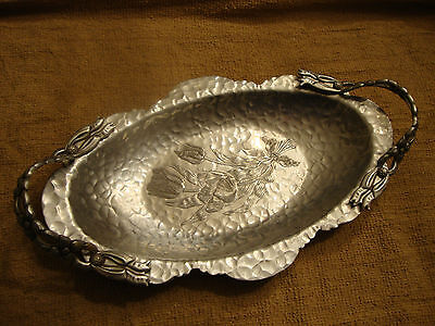 BEAUTIFUL DECORATIVE SERVING TRAY RODNEY KENT  HAND CRAFTED HAMMERED ALUMINUM