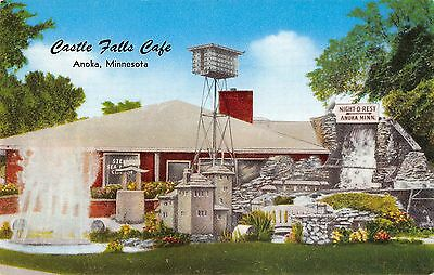 Anoka Minnesota outside view of the Castle Falls Cafe vintage pc (Y7670)