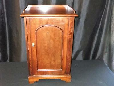 Edwardain Mahogany Pot Cupboard