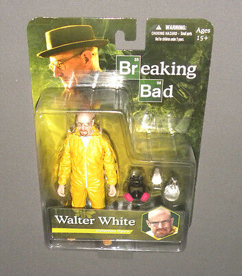 Walter White Collectible Figure Breaking Bad MEZCO Yellow Hazmat Suit, Gas Mask