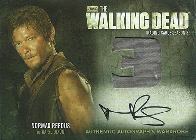 (HCW) 2014 AMC The Walking Dead NORMAN REEDUS Autograph Wardrobe as Daryl Dixon
