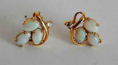 PAIR OF VERY PRETTY GOLD PLATED EARRINGS WITH OPALS