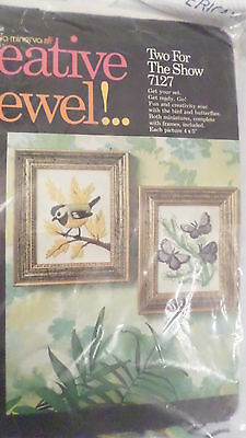 """1971 Vintage Columbia Minerva Creative Crewel Kit """"Two For the Show"""" 7127"""