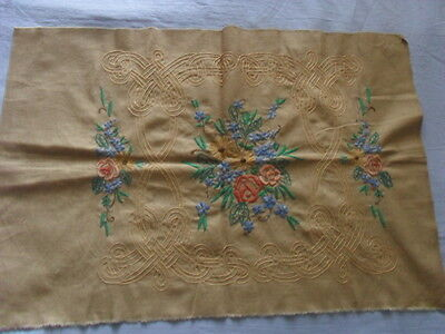 Lovely Vintage Hand-Embroidered Motif