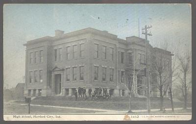 Postcard HARTFORD CITY Indiana/IN  High School Building view 1907