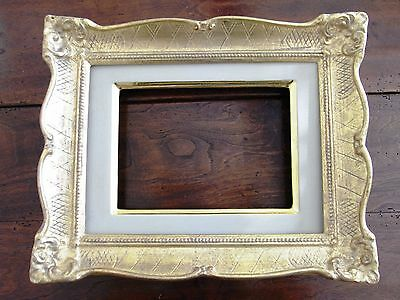 PICTURE FRAME FINE GOLD - HAND CARVED - Made in Italy - NEW!! (c6)