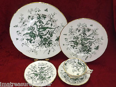 Coalport Cairo Green 40 pc Dinnerware Set Birds Insects Flowers Foilage Gold