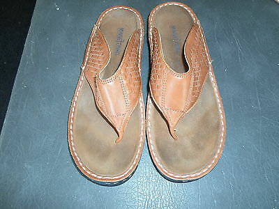 """WOMENS BROWN LEATHER SANDALS BY """"MINNETONKA"""" SIZE 10-GENTLY USED"""