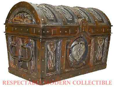 Pirates Of The Caribbean Movie Prop Replica Dead Man's Chest Rare Limited Ed.