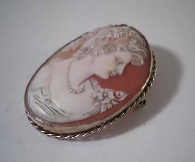 An Antique Gold Cameo Brooch With Female Figure: c1880