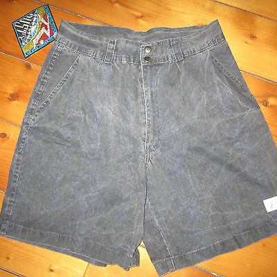 vintage mens 30 NOS '90s RUSTY Apparel Company pleated Surfer Casual Shorts NWT