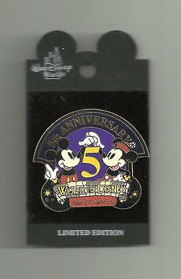 WDW SURPRISE LE 5TH ANNIVERSARY OF THE WORLD OF DISNEY PIN ON ORIGINAL CARD