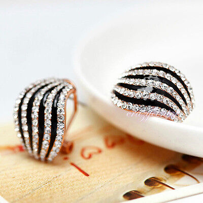 black and white stripe style clear crystal earring stud Gold plated gift E262