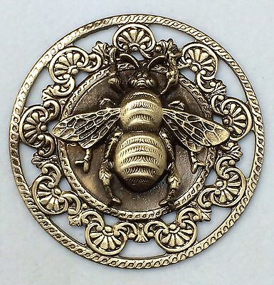 "Large Stamped Brass Vintage Style BEE Picture Button~ 1 3/4"" Inch"