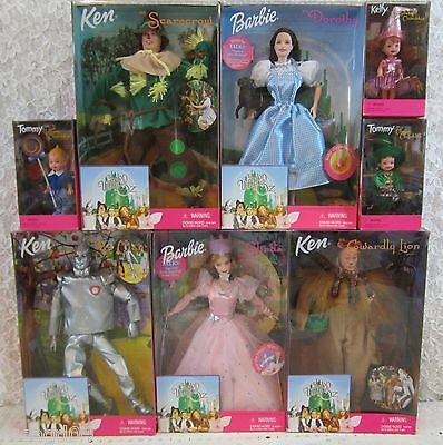 1999 Complete Set Of 8 Wizard of Oz Barbie & Munchkin Dolls Great Condition NEW