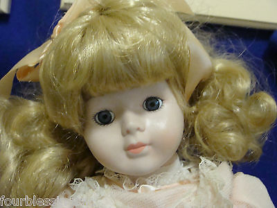 """17"""" PORCELAIN DOLL/PINK DRESS/LACE TRIM-BLONDE HAIR/BLUE EYES-WHITE SHOES-STAND"""