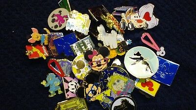 Disney Trading Pin 200 Lot FREE PRIORITY SHIPPING nice 100% tradable lot Rack,HM