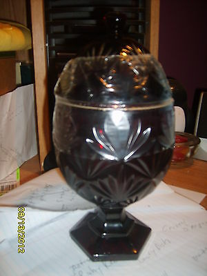 """CRISTAL D""""ARQUES RUBY RED PEDESTAL COVERED CANDY DISH NEW"""