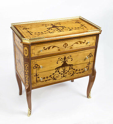 Stunning Maple & Rosewood Inlaid Marquetry Chest