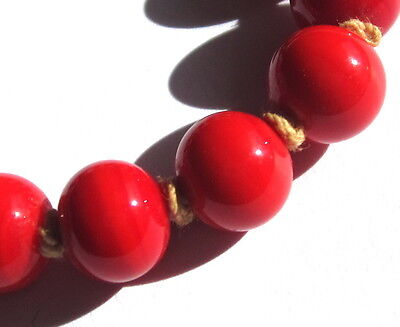 15 Beautiful Old Small Fire Red Swirled Japanese Vintage Glass Beads