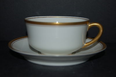 Syracuse Old Colony Gold Flat Cup and Saucer - Set of 5