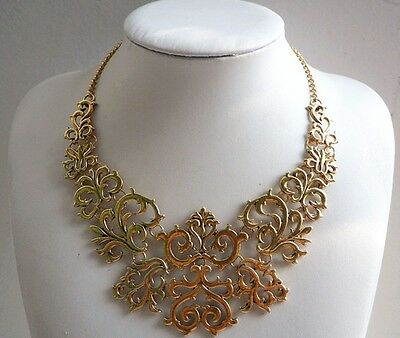 Hot Fashion Occident Style Vintage Bronze Hollow Flower Pendant Collar Necklace