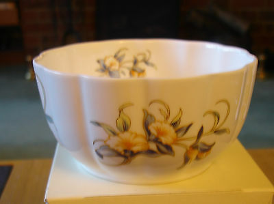 AYNSLEY .JUST ORCHIDS BOWL NEW